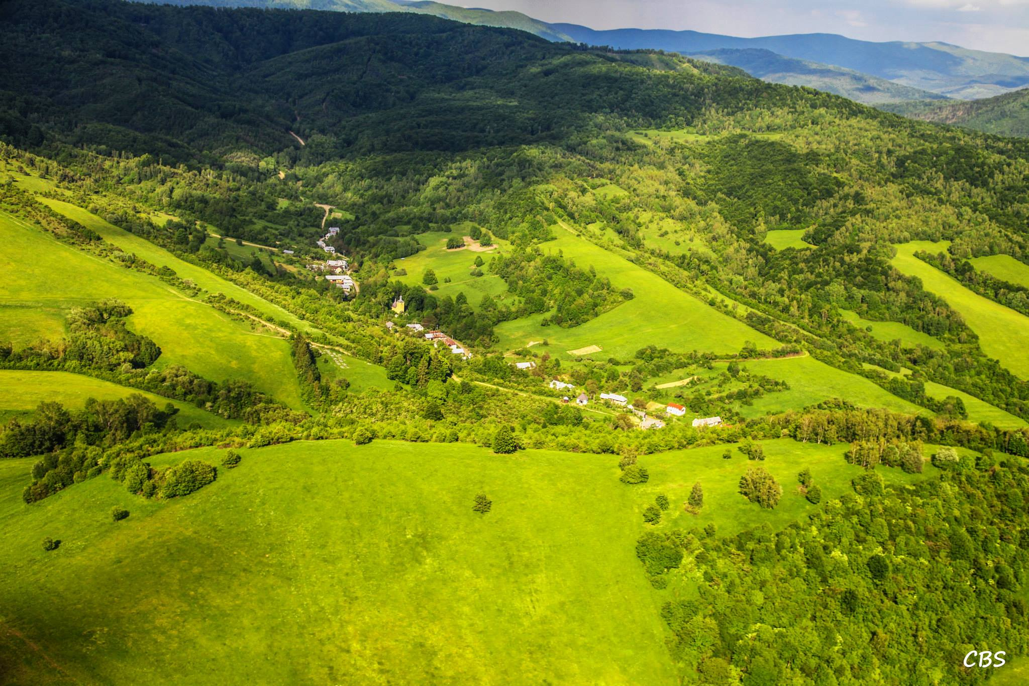 nadmorská výška obce je 448 m n. m